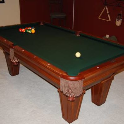 Brunswick 7' Pool Table with Accessories