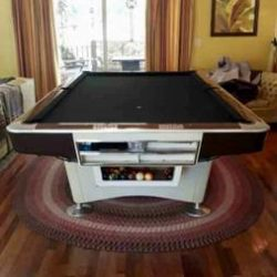 Brunswick 9ft Gold Crown Pool Table