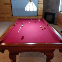 Like New Pool Table - Move out sale